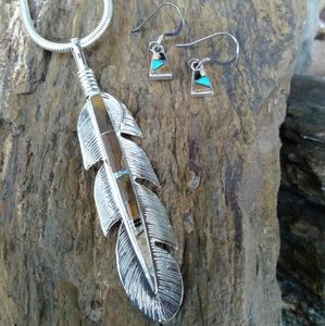 Jewelry - Sterling Silver Inlaid Feather Pendant SET